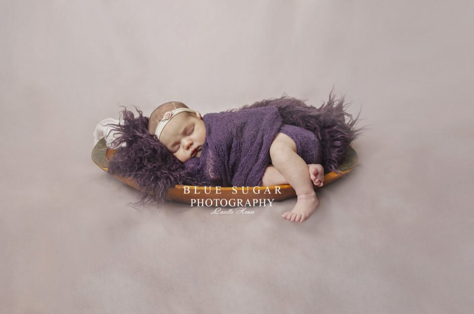newborn . violet o.