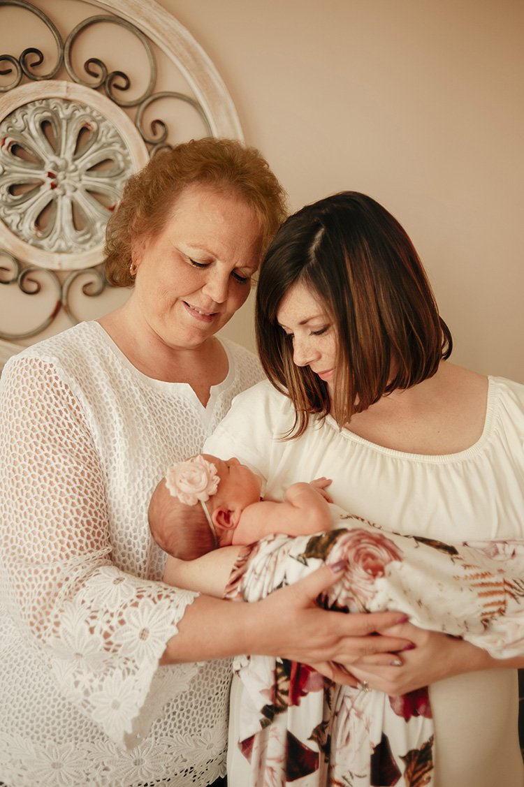 Loudoun County Newborn Photographer